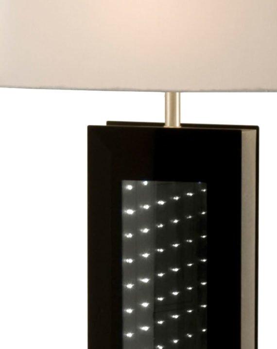 Phantom Table Lamp 02