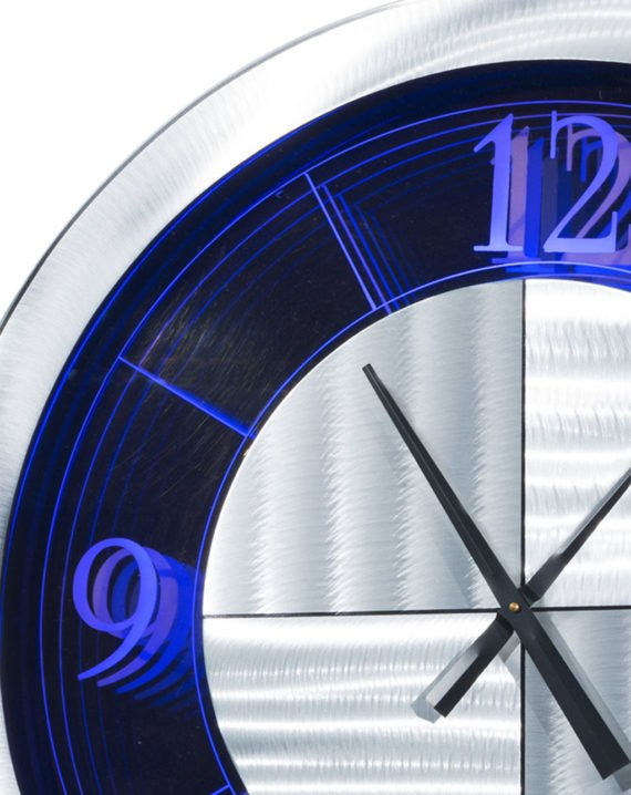Moment Multi-Color Infinity Clock 02